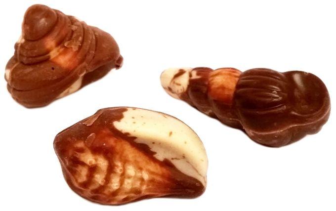 J. D. Gross, Pralines Superieurs bombonierka owoce morza z Lidla, czekolada ciemna, mleczna i ciała i orzechowe nadzienie krem, copyright Olga Kublik