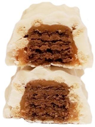 Nestle, Lion Latte, kruchy wafel z kremem kawowym, karmelem i białą polewą, limitowany baton czekoladowy, copyright Olga Kublik