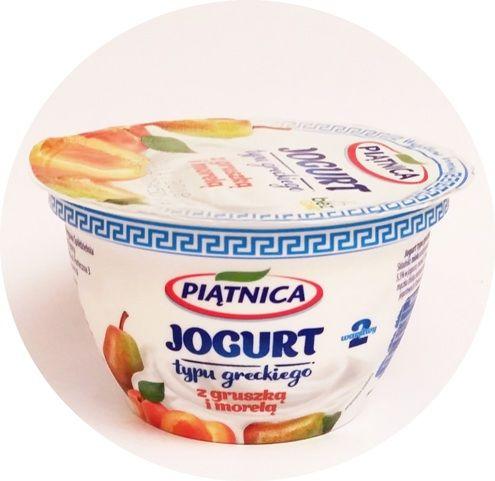 Piątnica, Jogurt typu greckiego 2,4 tłuszczu 2 warstwy z gruszką i morelą, copyright Olga Kublik