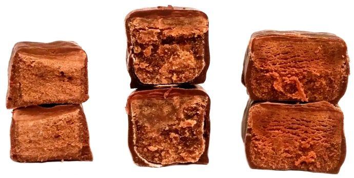 Porównanie cukierków czekoladowych z rumem: Trufle Mieszko Odra Wawel, copyright Olga Kublik