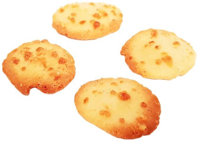 La Biscuiterie, Tavaillons Beaufort AOP, ciastka z żółtym serem, herbatniki z Francji, copyright Olga Kublik