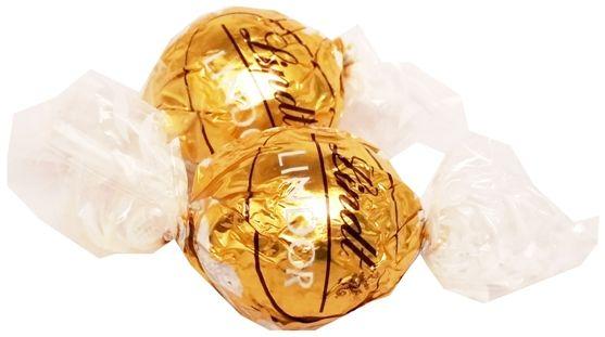 Lindt, Lindor Assorted White Chocolate, praliny z białej czekolady, copyright Olga Kublik