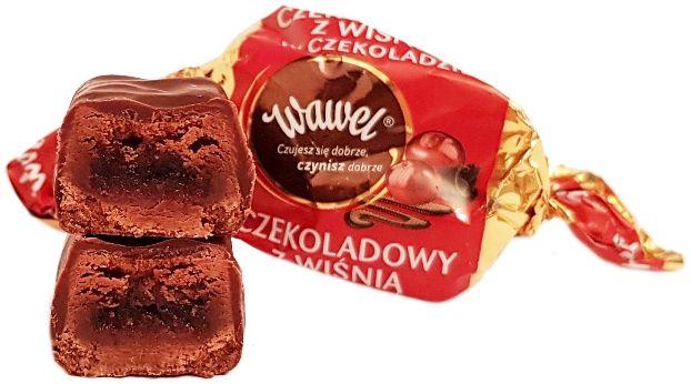 Wawel, cukierek Czekoladowy z wiśnią w czekoladzie, copyright Olga Kublik