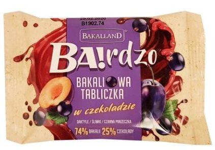 Bakalland, BArdzo bakaliowa tabliczka w czekoladzie daktyle, śliwki, czarna porzeczka, copyright Olga Kublik