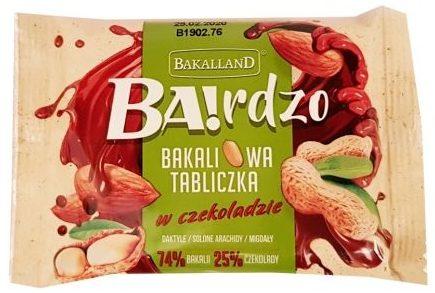 Bakalland, BArdzo bakaliowa tabliczka w czekoladzie daktyle, solone arachidy, migdały, copyright Olga Kublik