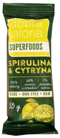 Kubara, Dobra Kaloria Superfoods Spirulina Cytryna, surowy baton wegański bez cukru i glutenu, raw food, copyright Olga Kublik
