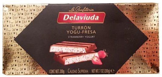 La Confiteria Delaviuda, Turron Yogu-Fresa, hiszpański nugat kakaowy z kremem jogurtowym z truskawkami liofilizowanymi, copyright Olga Kublik