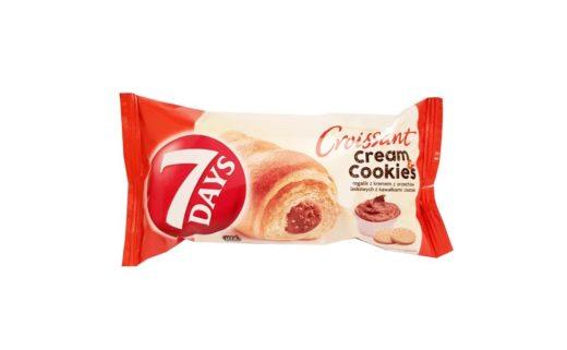 Chipita, 7 Days Croissant cream&cookies rogalik z kremem z orzechów laskowych z kawałkami ciastek, copyright Olga Kublik